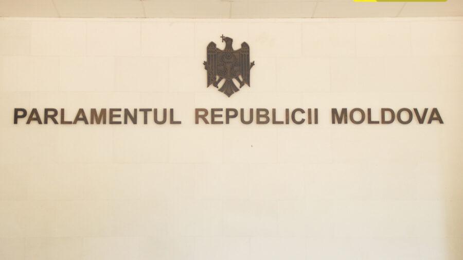 """Sabotori. PSRM, Șor și Pro Moldova nu au susținut includerea în circulație a proiectelor raportul Comisiei """"Laundromat"""""""