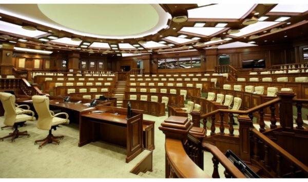 RLIVE.MD, RLIVE TV Urmărește în direct continuare Ședinței de constituire a Parlamentului de Legislatura a XI-a