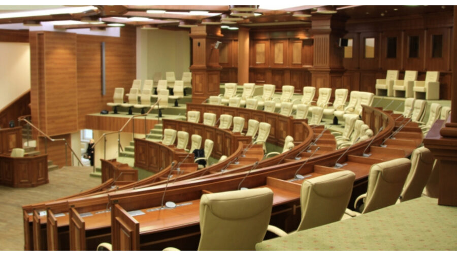 """""""Marea împărțeală"""" a avut loc? Șefia comisiilor care vor fi preluate de opoziție și numele viitorilor vicepreședinți"""