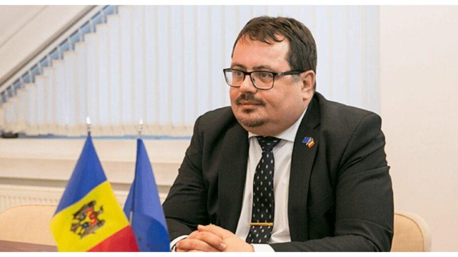 FOTO Unde și-a început Ambasadorul UE la Chișinău duminica, când Moldova își decide soarta
