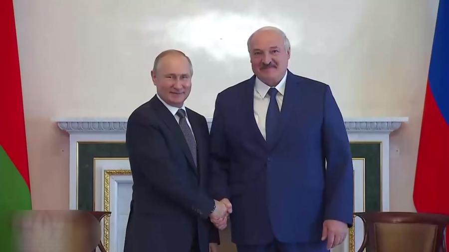 """STOP CADRU! Lukașenko a aterizat în Rusia: """"La voi este încă acceptabil, la noi este insuportabil"""". La ce se referă?"""