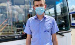 """FOTO Și-au """"schimbat"""" hainele. Angajații RTEC au uniforme noi de lucru"""