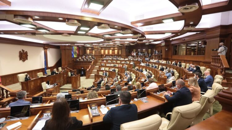 Primele legi promovate în Parlament