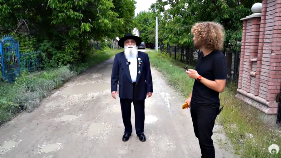 """VIDEO Doar cu bani! Baronul romilor din Moldova ar fi cerut """"500 de evrici"""" pentru a da un interviu unui vlogger rus"""