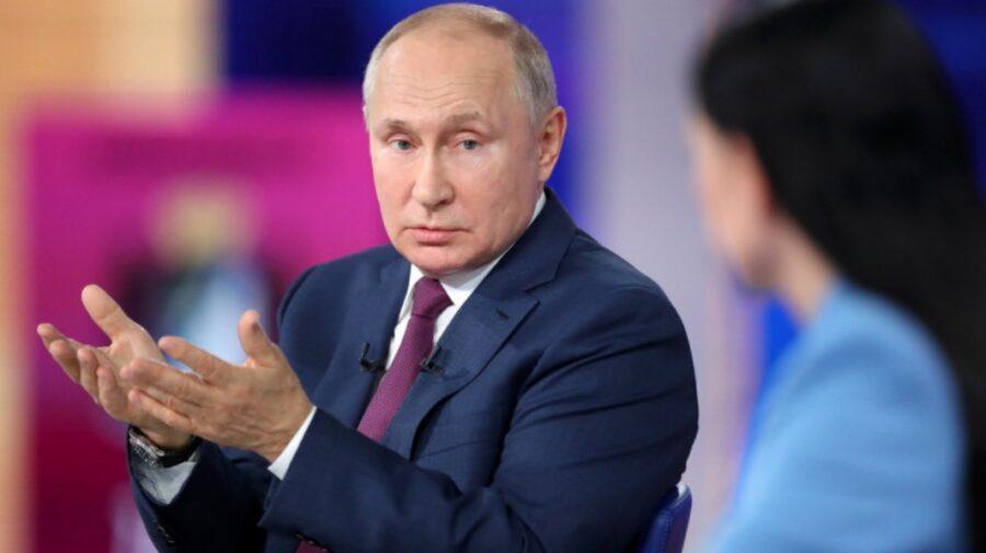 A treia doză de vaccin împotriva COVID! Peskov anunță când se va vaccina Vladimir Putin