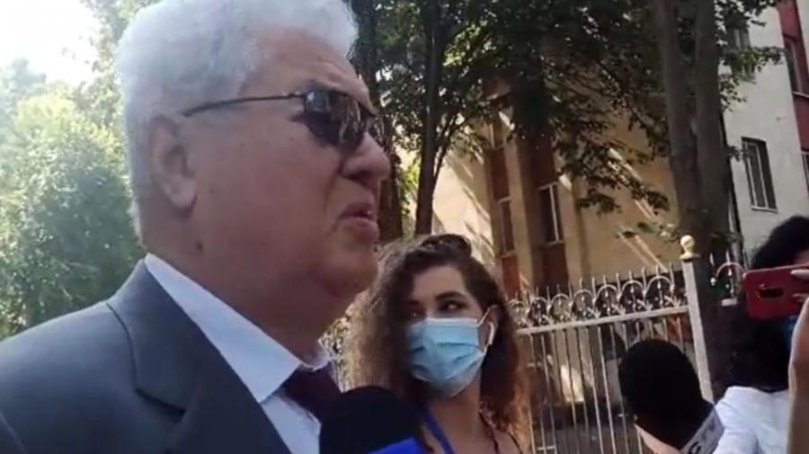 VIDEO Voronin, prins de jurnaliști după ședința Parlamentului: Eu sunt cu poporul. Cu TV8 nu comunic, подумай девочка
