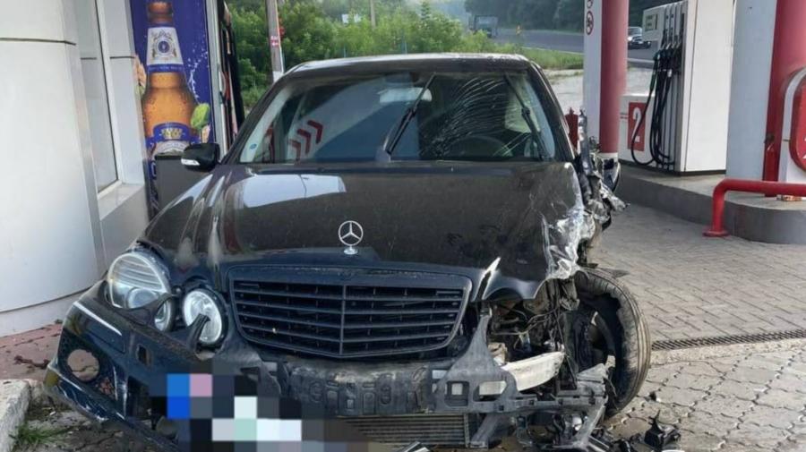"""FOTO Accident groaznic la Orhei! Un șofer beat și FĂRĂ PERMIS a """"băgat"""" cinci oameni în spital cu traumatisme"""