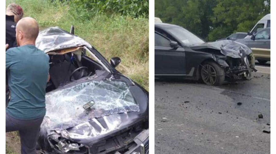 FOTO Accident de GROAZĂ pe traseul Chișinău-Orhei! Câteva persoane au ajuns în șanț după impact