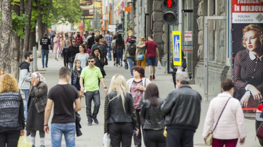 (sondaj) 70% din moldoveni ar ieși la vot duminică. Pe cine ar vota? Un partid are șanse mari să aibă majoritatea
