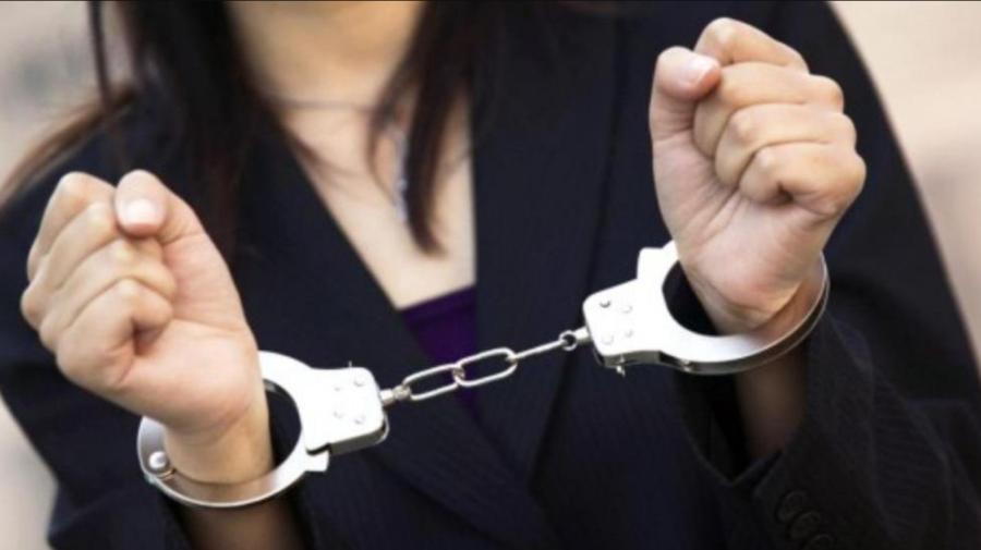 O avocată a fost reținută în flagrant de ofițerii CNA pentru pretinderea unei mite de 1050 de euro