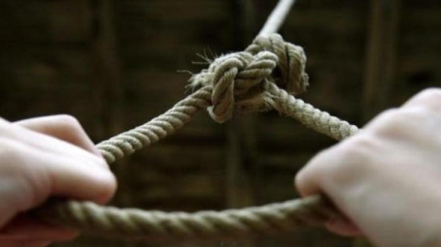 TRAGIC. Un bărbat din Hîncești, găsit FĂRĂ suflare în propria gospodărie