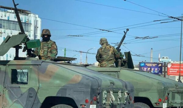 ALERTĂ! Armata, din nou în stradă! Militarii și carabinierii ar putea patrula pe străzi și în stațiile de așteptare