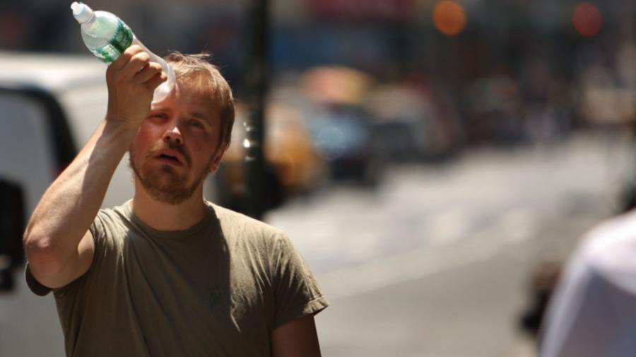 5 soluții pentru a face față mai ușor temperaturilor ridicate