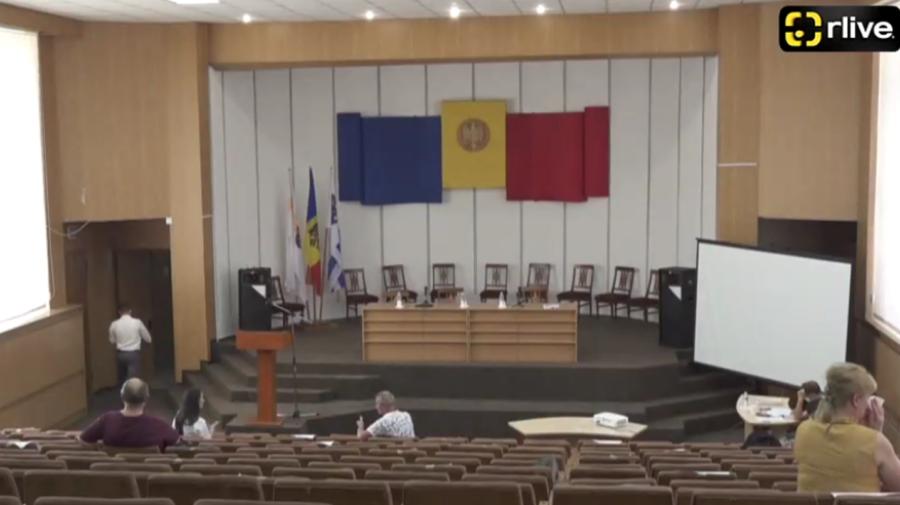 VIDEO Fără cvorum la CMC? Consilierii au luat o pauză până la 13:00. Cine nu s-a prezentat?