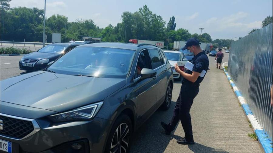 Poliția de Frontieră atenționează conducătorii auto despre necesitatea staționării în locuri premise pentru revigorare