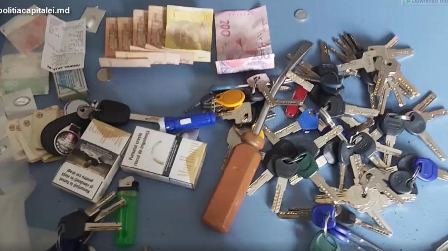 VIDEO Au furat din locuințe bunuri în valoare de jumătate de milion. Grupul infracțional, destructurat de polițiști