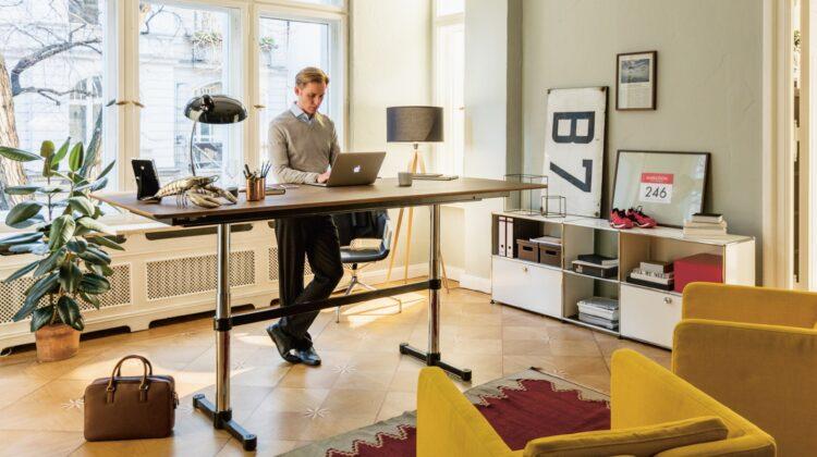 Nici sfârșitul pandemiei nu va mai aduce angajații în birouri! Un SONDAJ arată că omenirea preferă lucru de acasă