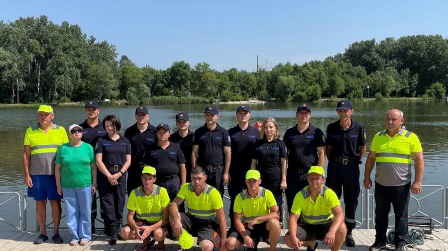 Au primit CERTIFICATELE. 16 scafandrieri au trecut un curs de instruire și CURÂND vor fi admiși la operațiuni reale