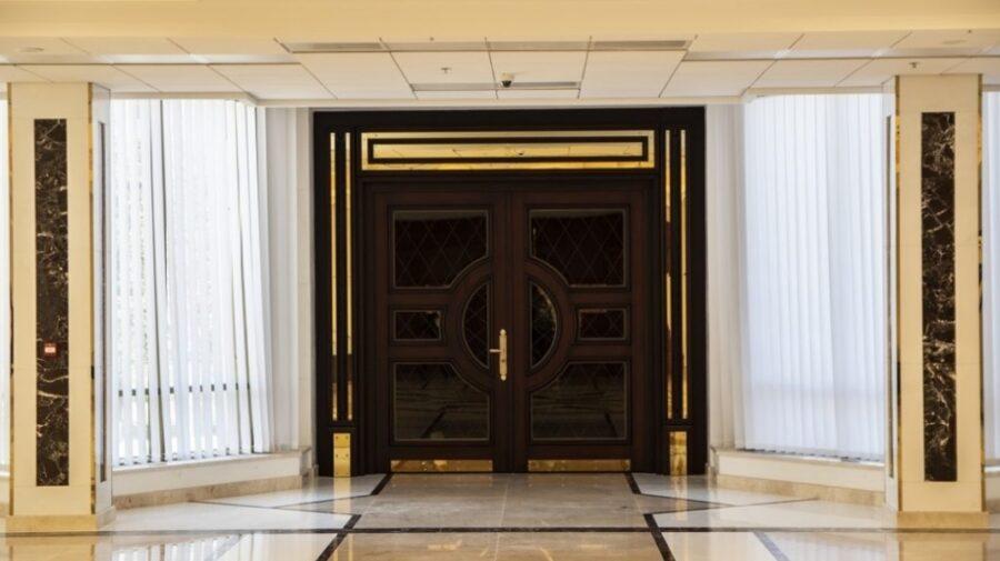 VIDEO Ușile se închid și se deschid. START consultărilor privind candidatul la funcția de prim-ministru!
