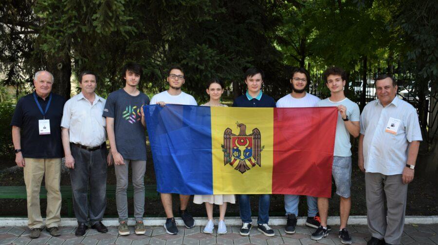 Trei tineri din Republica Moldova au obținut trei medalii de bronz la Olimpiada Internațională de Matematică