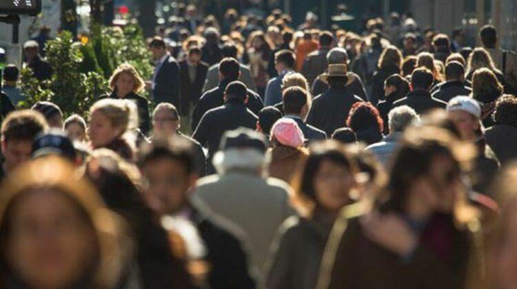 România mai relaxează din restricții, de la 1 august