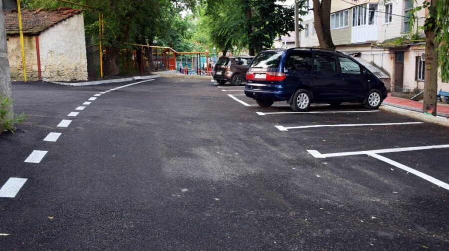 La Orhei, au loc lucrări de reparații de amploare ale curților de bloc