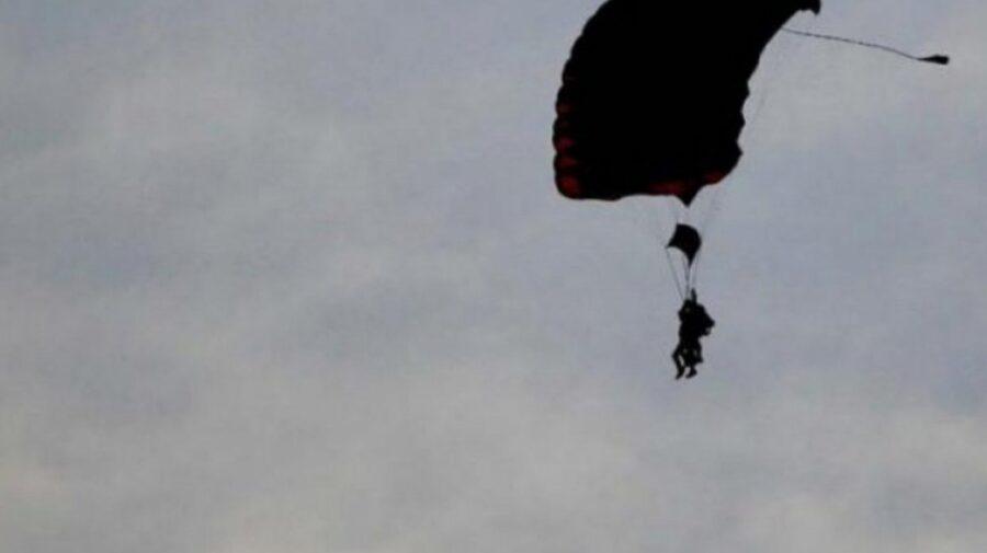 Oazu Nantoi, în vârstă de 72 de ani, este adus acasă cu SMURD. Ar fi suferit un accident cu parașuta în Bulgaria