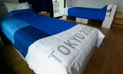 Pe paturile din carton în Satul Olimpic de la Tokyo se poate de făcut sex! Acest lucru a fost demonstrate de un sportiv