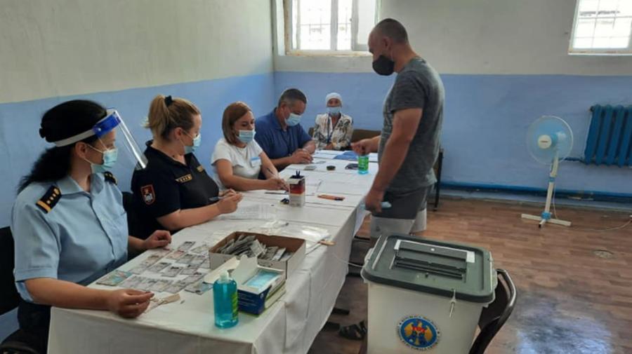 FOTO Toți la VOT! Câte persoane private de libertate şi-au exercitat dreptul de vot