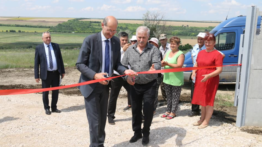 În secolul 21, câteva localități din Leova au fost conectate la sistemul de apeduct. Suma investițiilor
