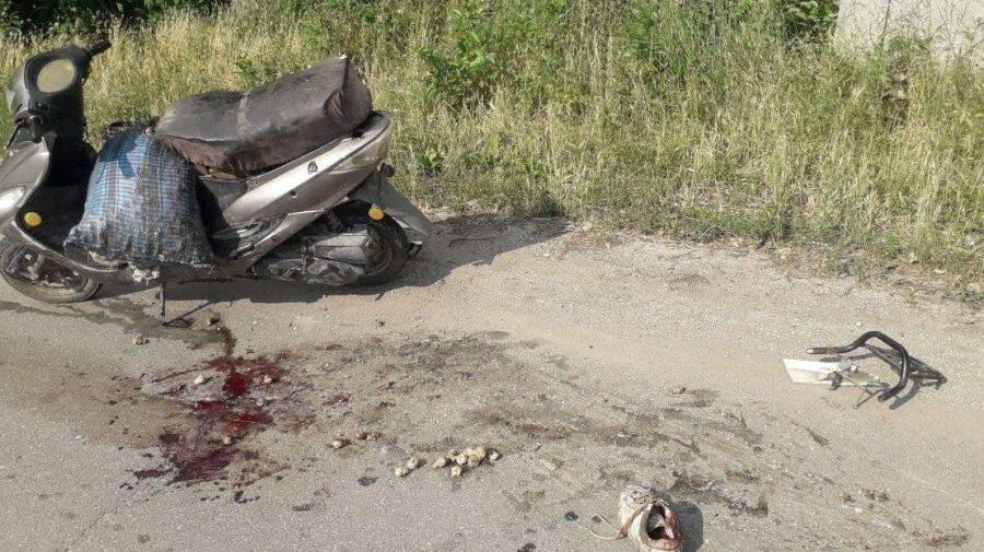 """""""Responsabil"""" pe jumătate. A ajuns la spital după ce a derapat cu motocicleta de pe carosabil"""