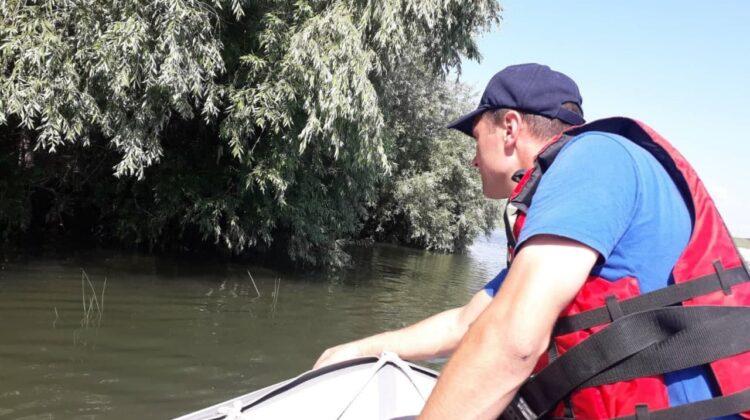 VIDEO Scafandrierii caută în continuare minorul dispărut pe râul Nistru. Sunt implicate 27 de persoane
