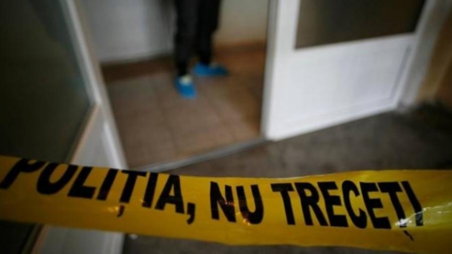 Bărbat din Capitală, depistat cu o tăietură în regiunea cutiei toratice. Poliția: S-ar fi sinucis