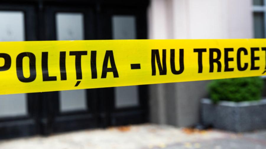 Semne de moarte violentă, depistate pe cadavrul unui bărbat. Acesta zăcea într-un apartament din Chișinău