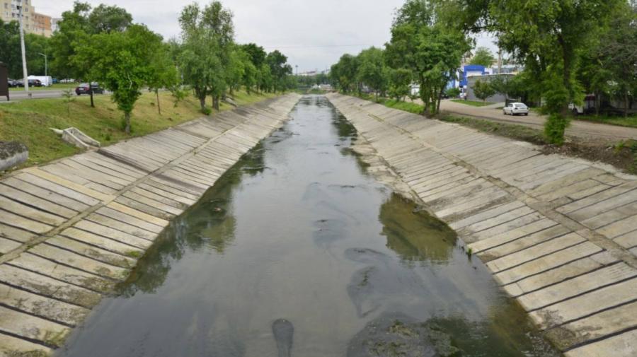 Edilul Capitalei recunoaște: Râul Bîc a fost curățat insuficient! Va fi elaborat un studiu de fezabilitate
