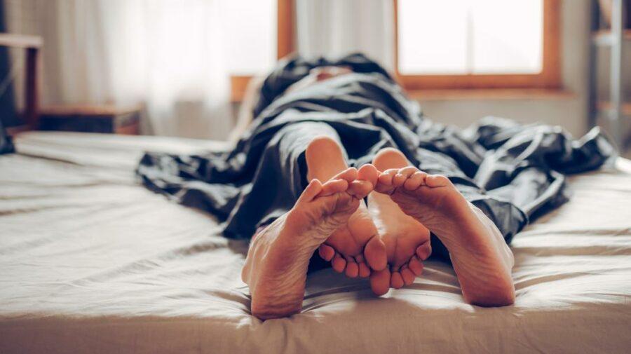 FOTO Drumul către Rai sau Cascada? Alege una sau mai multe din 15 poziții sexuale și nu te mai plictisi în pat!