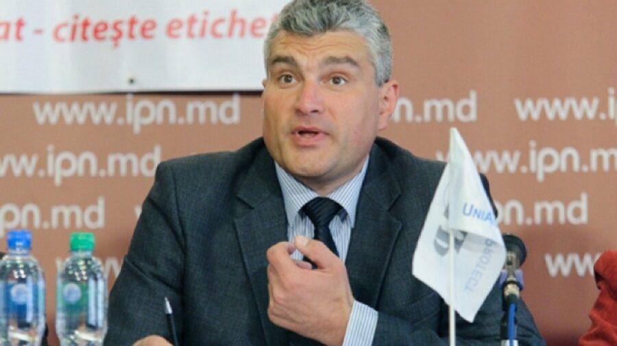 """Slusari – """"cel mai iubit dintre pământeni""""! Moldova Fruct îi """"cere"""" Maiei Sandu să-i ofere funcția de ministru"""
