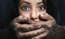 Exploatarea persoanelor prin TRAFIC, una dintre cele mai grave încălcări ale demnității umane