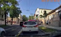 A fost deschisă o anchetă la RTEC după incidentul de dimineață: Șoferul nu a reușit să observe tânăra