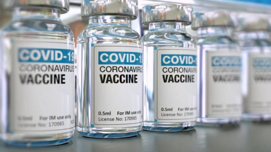 Rusia a aprobat combinația dintre vaccinuri Sputnik-V și AstraZeneca