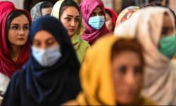 Femeile din Afganistan nu mai au dreptul la muncă, decât să spele toaletele feminine din bazare