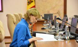 R LIVE Află primul, în DIRECT, care sunt noile restricții anunțate de către ministra Sănătății, Ala Nemerenco