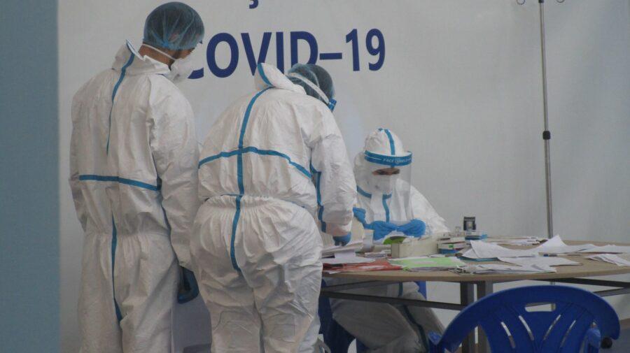 România ar urma să atingă un record de 20.000 de cazuri de COVID pe zi în luna octombrie