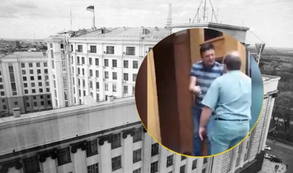 """VIDEO 18+ """"Nu voi pleca de aici viu"""". La Kiev, un om cu grenadă amenință Cabinetul de miniștri"""