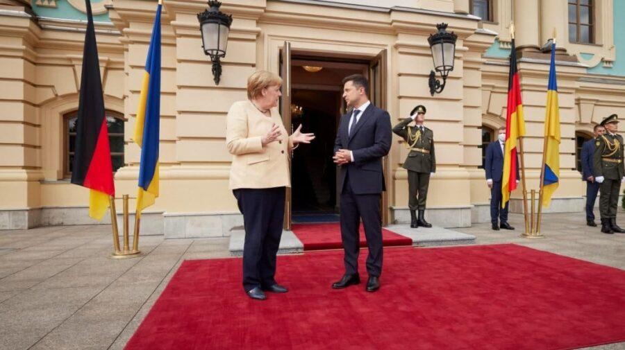 """Merkel, după Putin, a fost la Zelenski. Despre tranzitul de gaz prin Ucraina: """"Trebuie prelungirea acordului cu Rusia"""""""