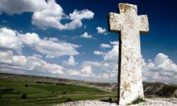 Tragedie! Un călugăr s-a prăbușit de pe stânca bisericii din satul Butuceni