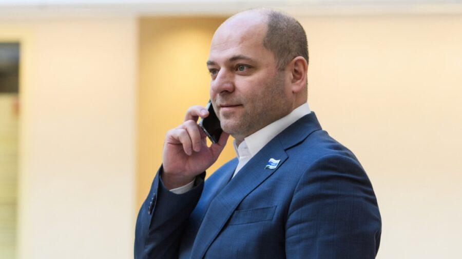 VIDEO Deputatul din partidul lui Putin cu zero venituri. Cândva a sugerat cetățenilor să mănânce mai puțin!