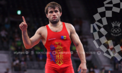 Moldoveanul Victor Ciobanu, luptător de stil greco-roman, s-a calificat în semifinalele Jocurilor Olimpice de la Tokyo