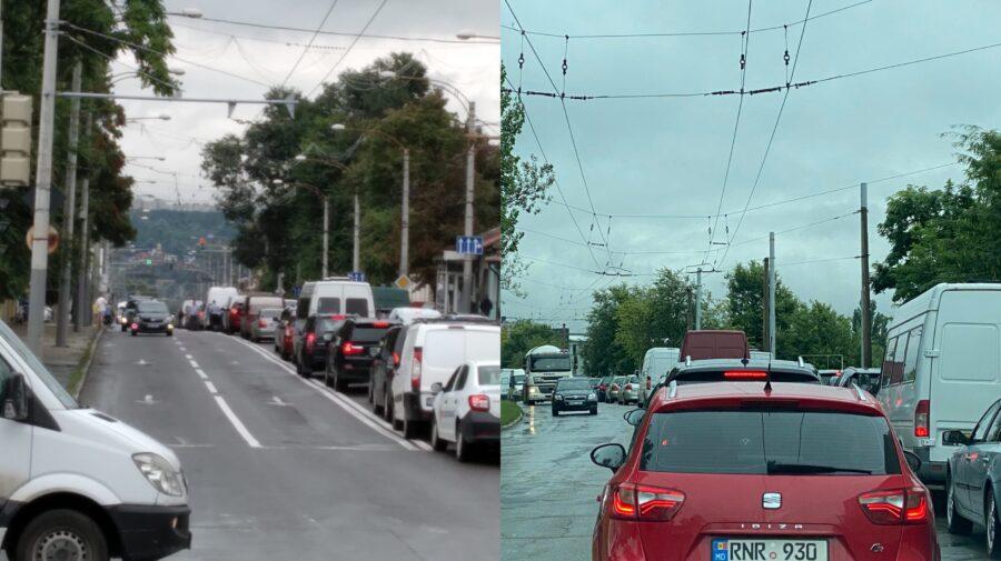 FOTO Ce se întâmplă în Chișinău? Orașul este sufocat de ambuteiaje, iar șoferii sunt cu nervii întinși la maxim