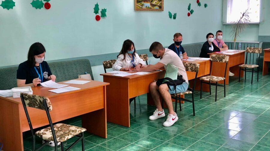 Certificat de vaccinare sau test negativ la COVID! Condițiile USMF pentru studenții care solicită cazare în cămine